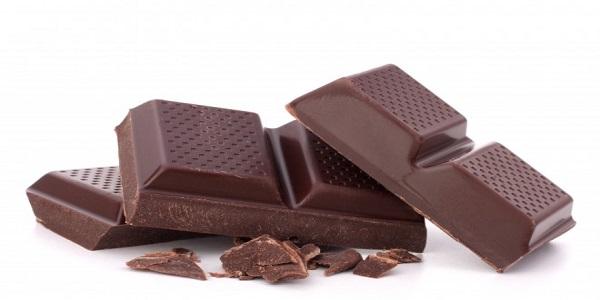 مرکز فروش شکلات تلخ تخته ای