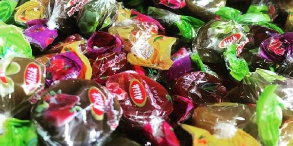 صارات شکلات تافی مغز دار میوه ای